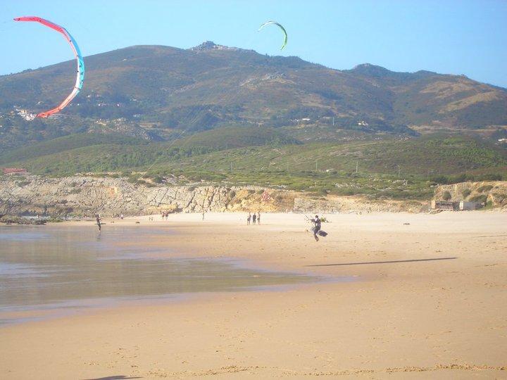 Le spiagge sono paradiso per i surfisti