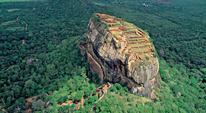 La Rocca di Sigiryia