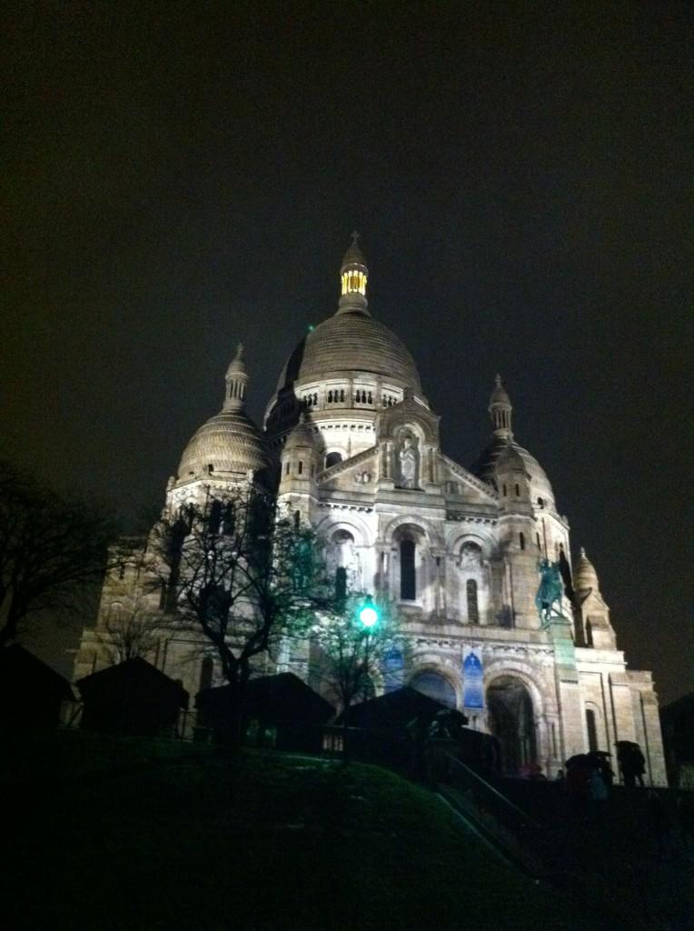 La Basilica del Sacro Cuore, vista serale