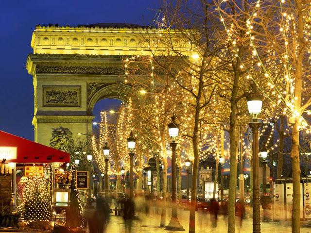 L'atmosfera di Parigi a Capodanno