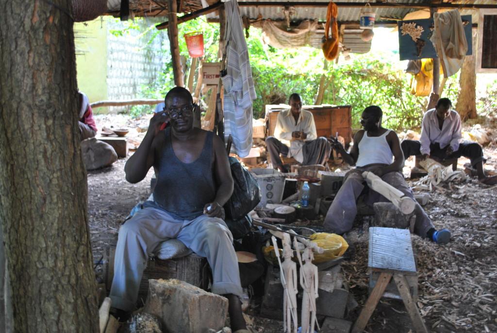 La lavorazione del legno a Malindi