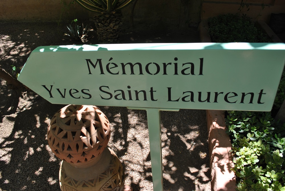 Memorial di Ives Saint Lourent