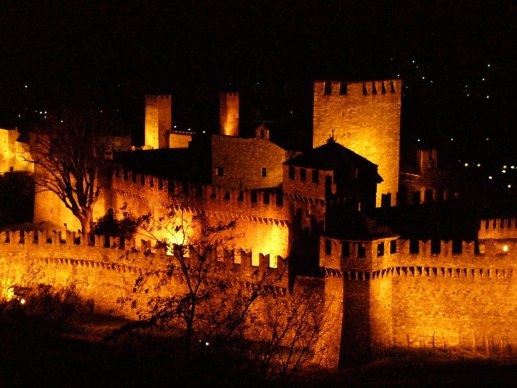 Visita in notturna al Castello di Azzurrina - Rimini