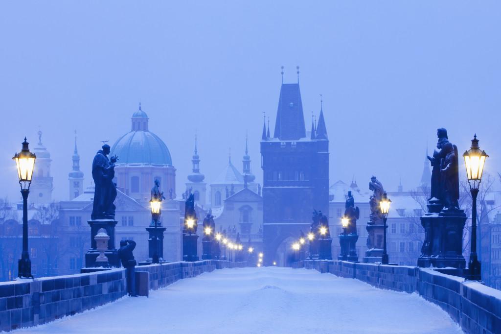Praga sotto la neve