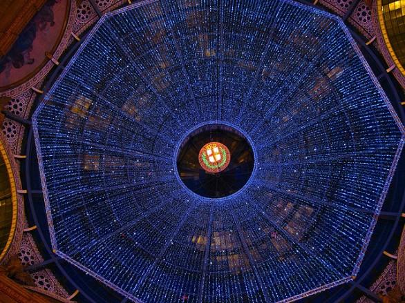 Luminarie sotto la Galleria di Piazza Duomo