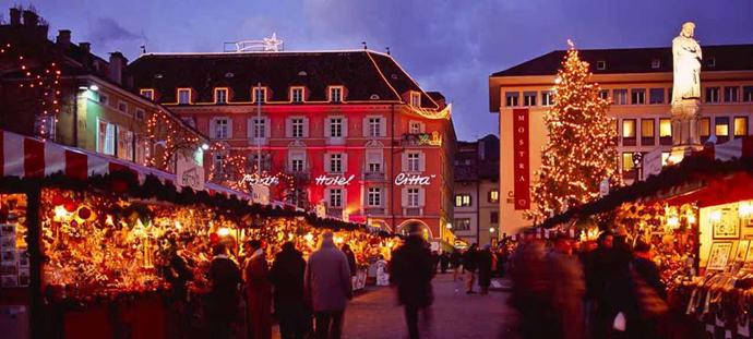 Mercatini di Natale a Bolzano, di sera
