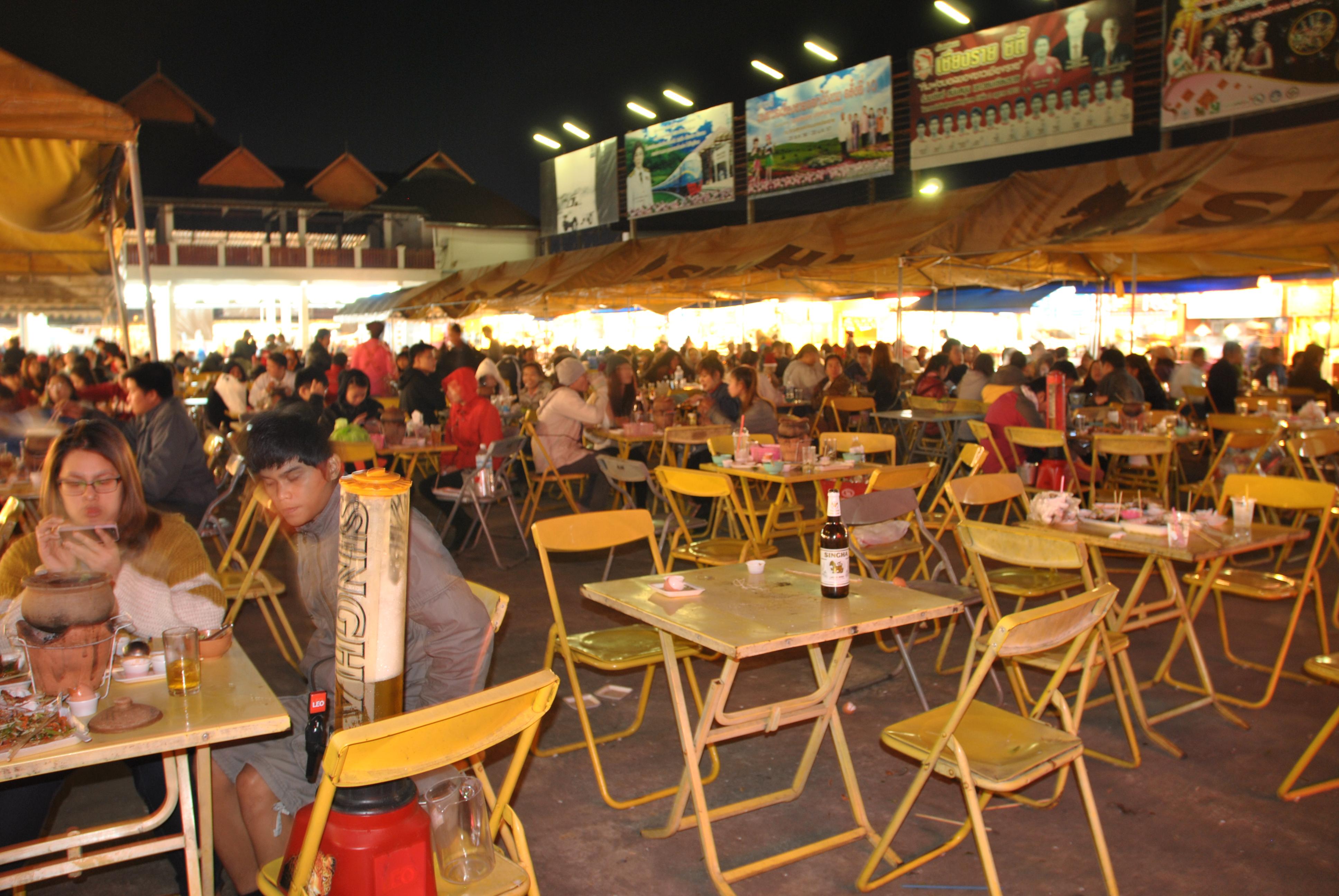 Mercato dello street food di Chiang Rai