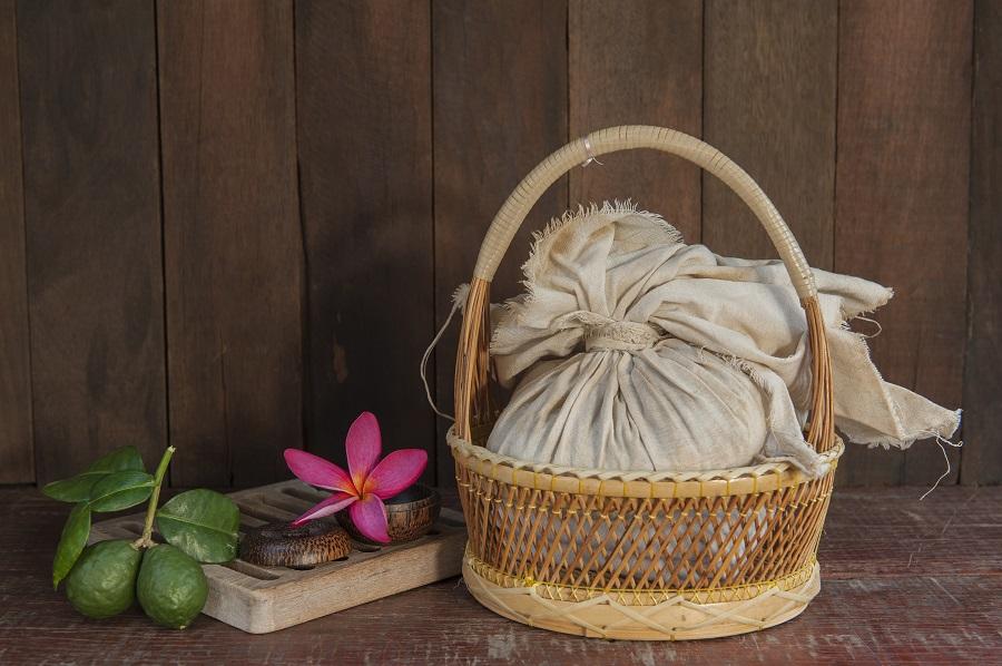 Herbal Massage thailandese