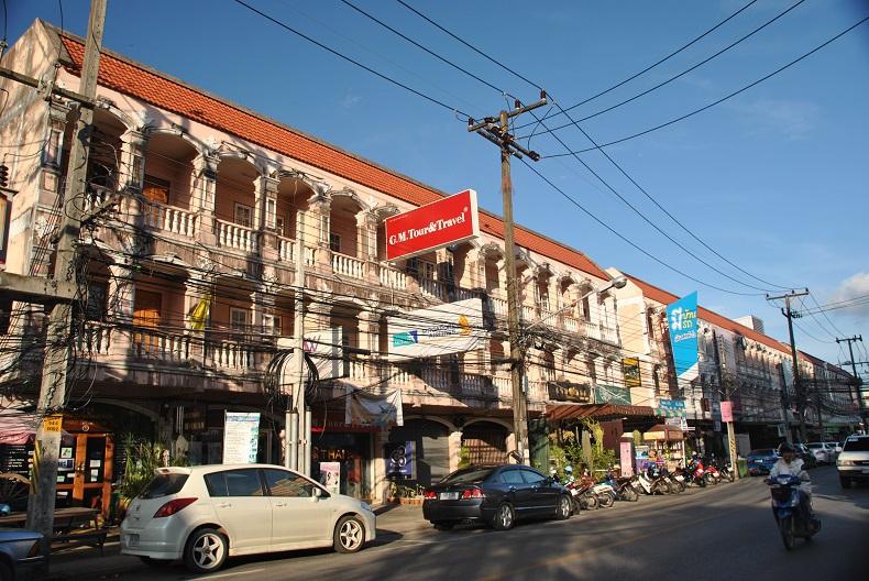 Le strade affollate di Phuket