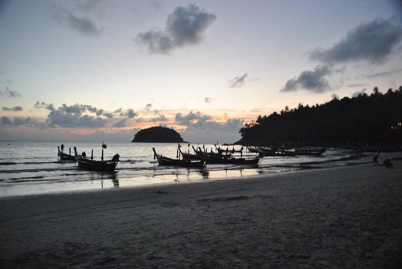 Il tramonto dalle spiagge di Phuket
