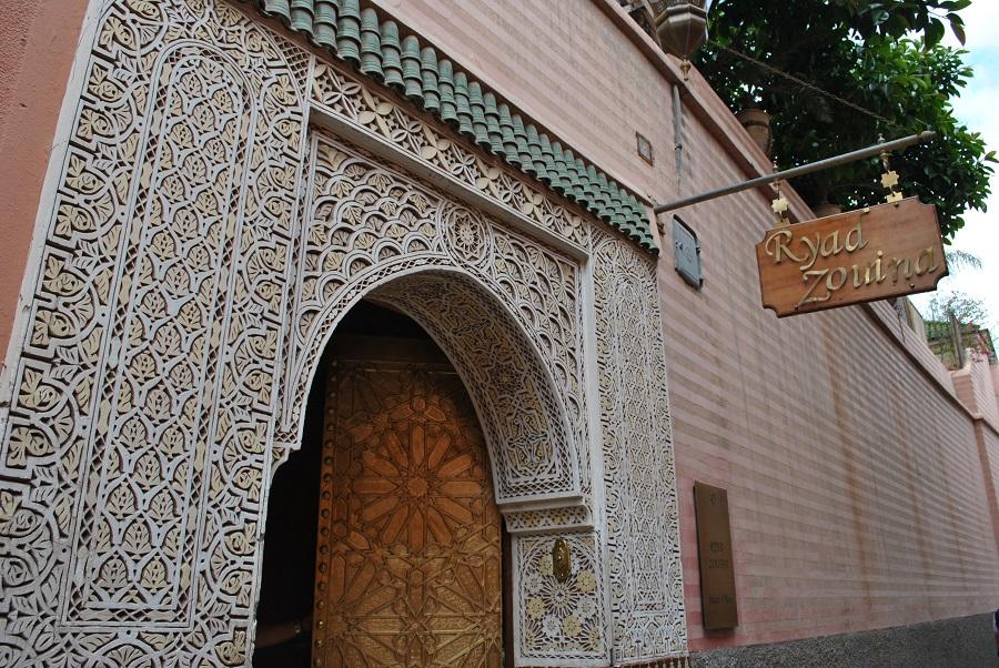 Entrata di un Riad nel centro della medina di Marrakech