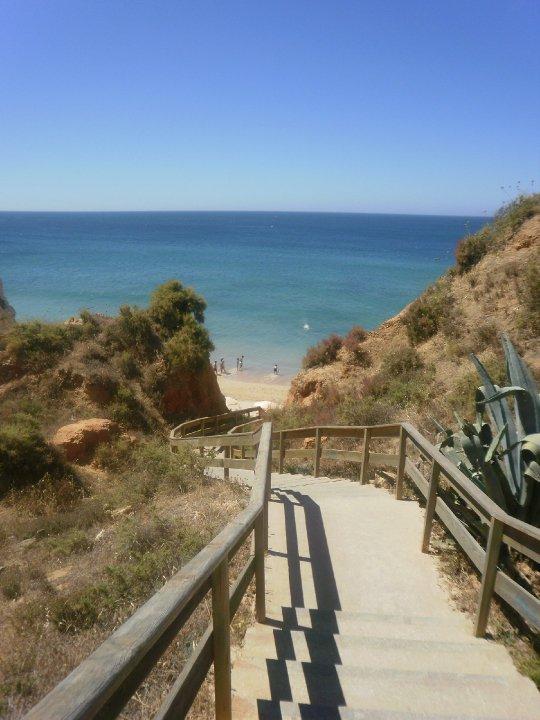 L'accesso alle spiagge dell'Algarve a Portimao