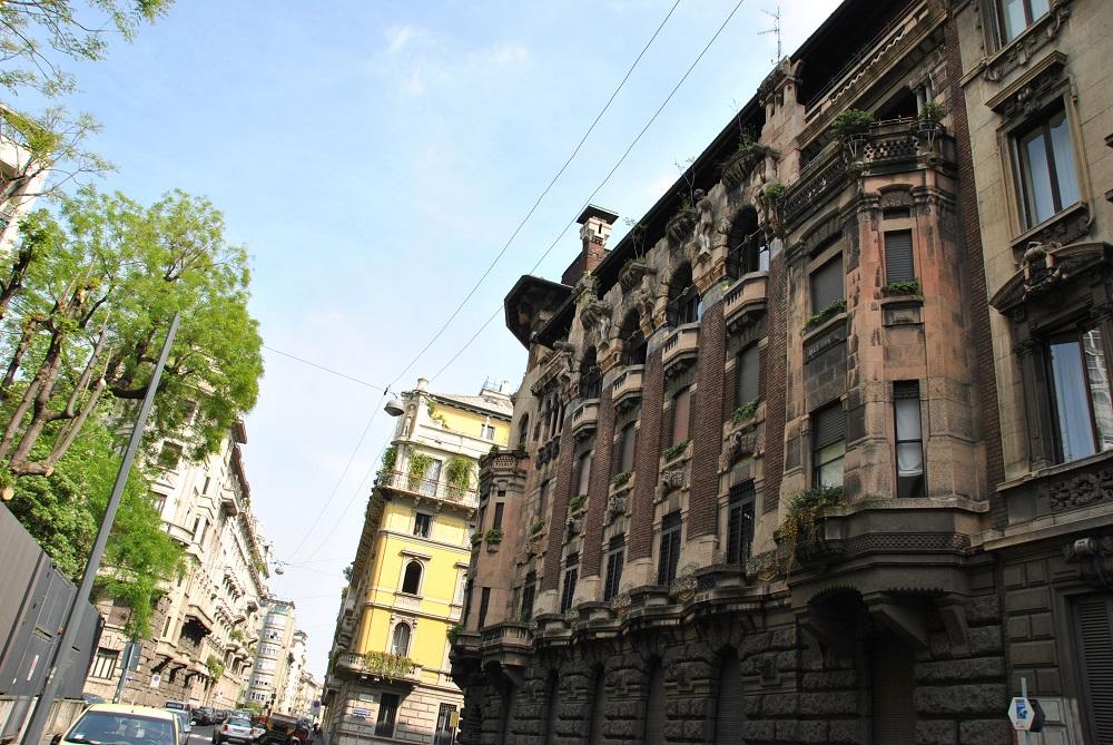 Una via del quadrilatero del silenzio a Milano