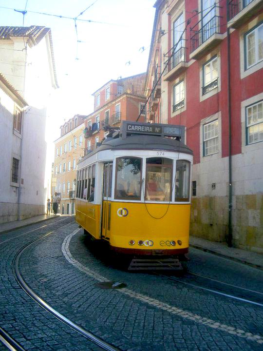 Il mitico 28 a Lisbona