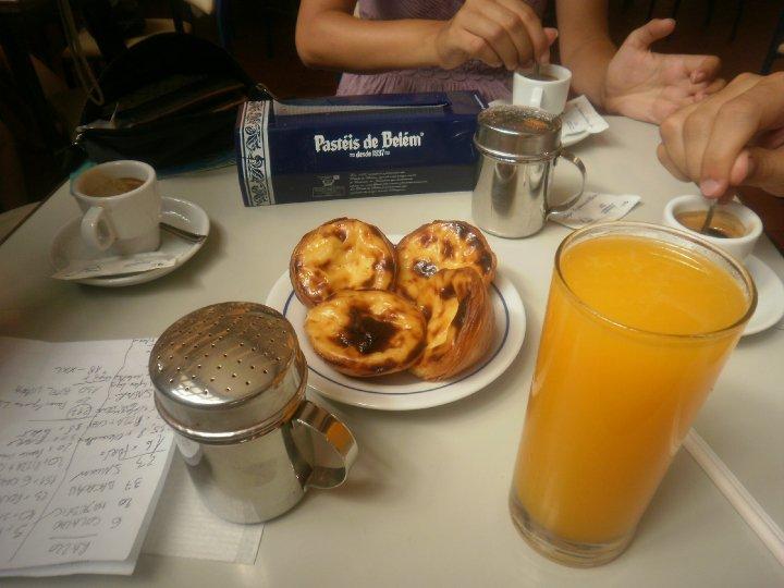 Non potete andare a Lisbona e non assaggiarli: i Pastéis de Belém