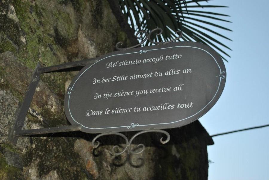 San Giulio è l'Isola del silenzio e della meditazione
