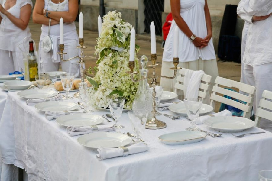 Cena in Bianco 2014, dettagli