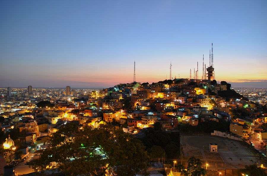 Vista dal Faro sulla città di Guayaquil