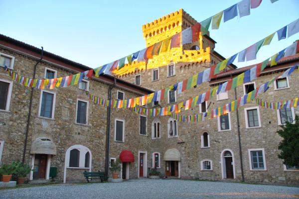 Istituto Lama Tzong Khapa a Pomaia, Toscana
