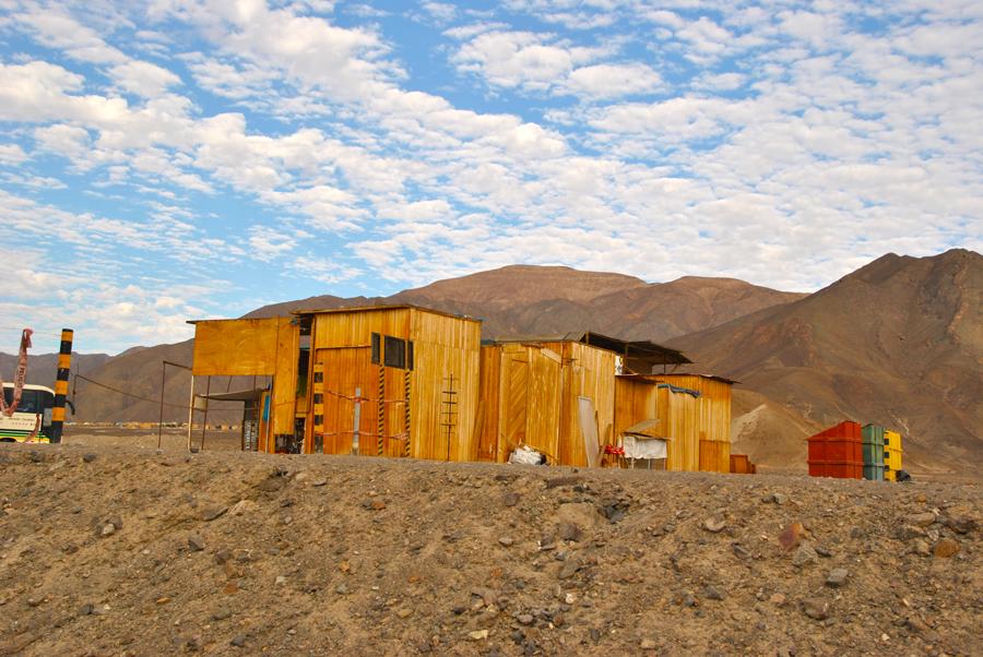 Una baracca nel deserto
