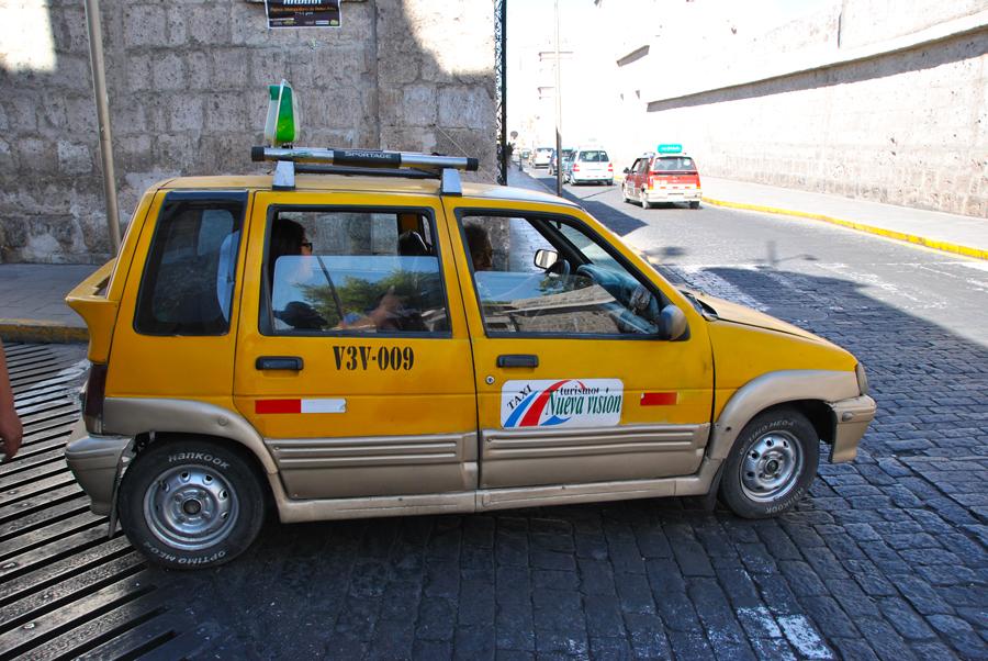 Taxi in Perù