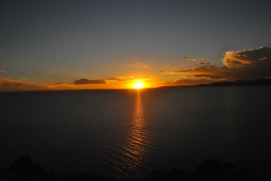 Il saluto del sole alle Ande