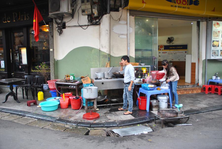 Hanoi, angoli di strada dediti allo street food