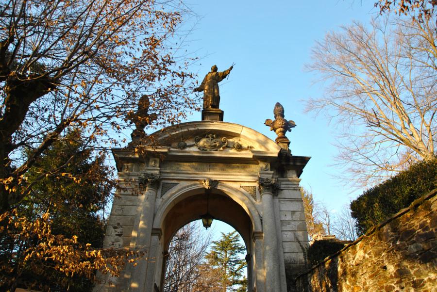 Monumento a San Francesco  -  Sacro Monte