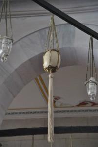 Uova di struzzo nelle Moschee