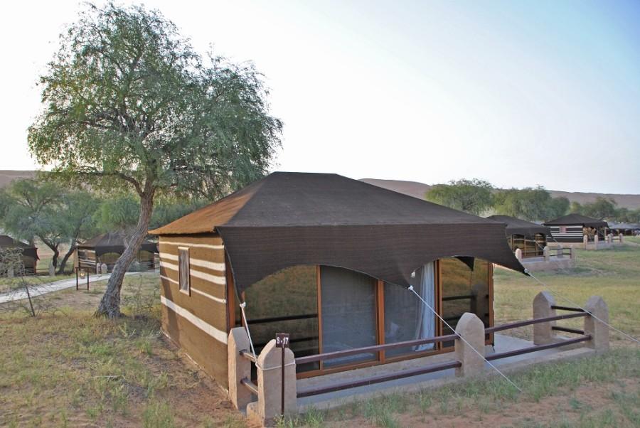 tenda beduina deserto oman