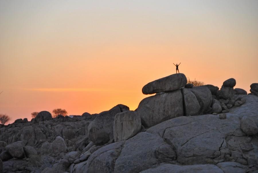 yoga deserto tramonto1000