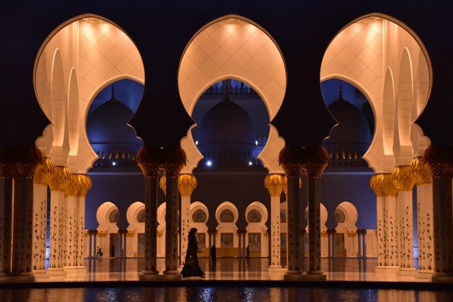 donna moschea sultano abu dhabi1