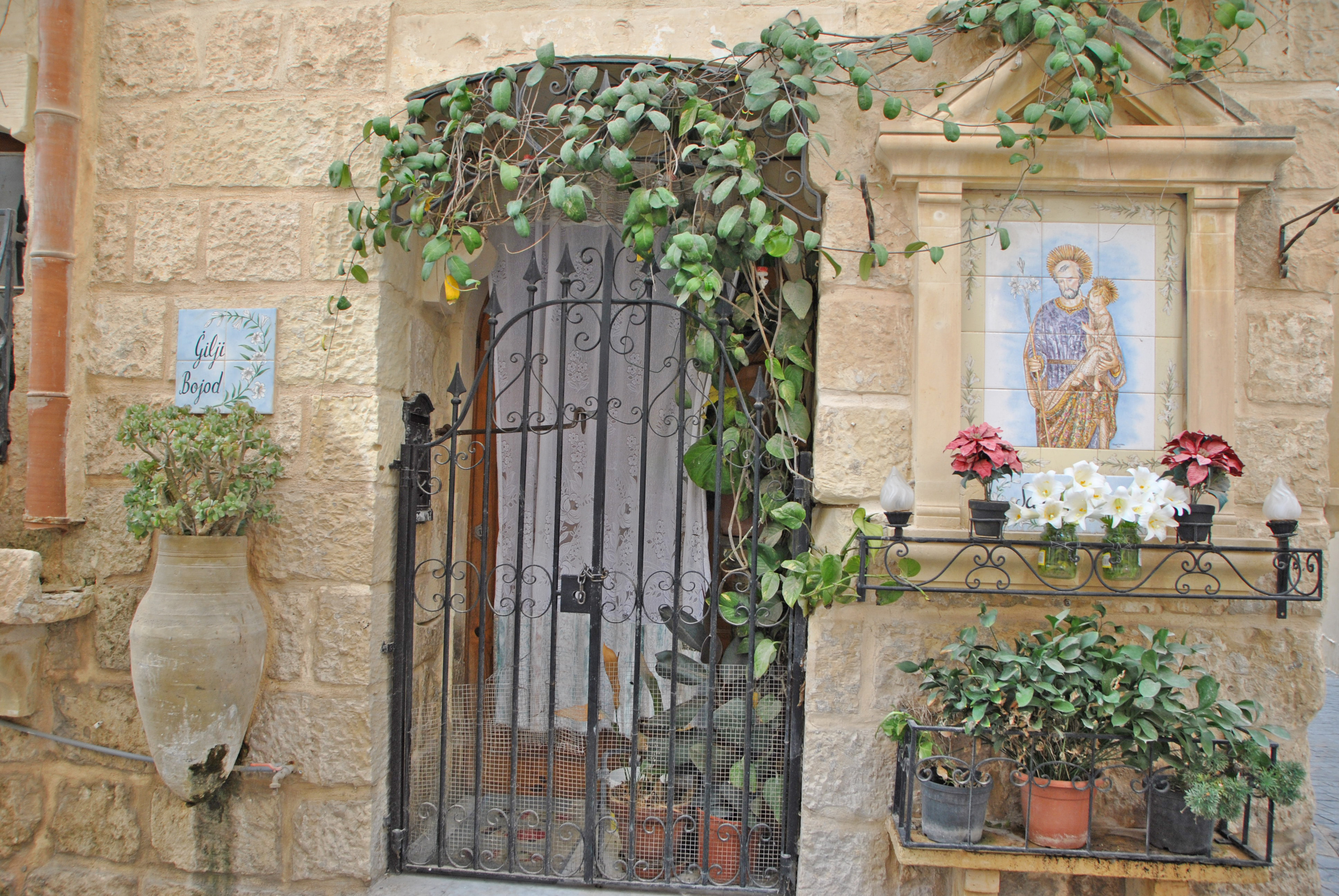 santini alle porte